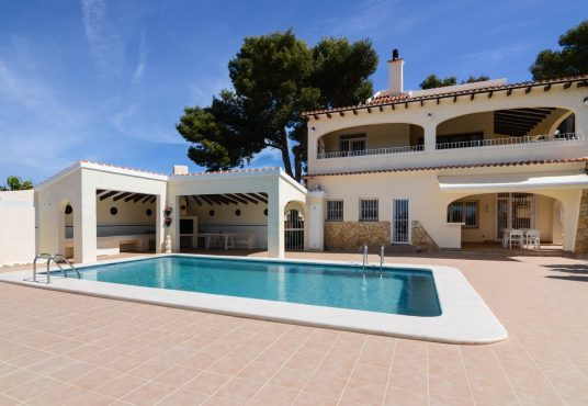 CD208968-Villa-in-Moraira-02