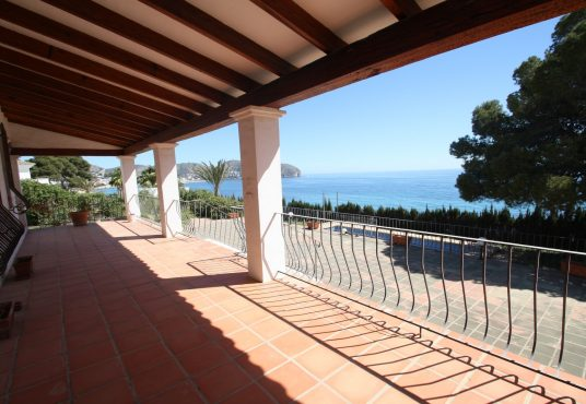 CD218477-Villa-in-Moraira-02