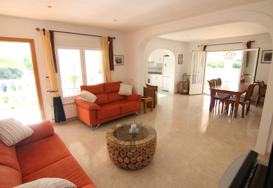 CD230602-Villa-in-Moraira-06